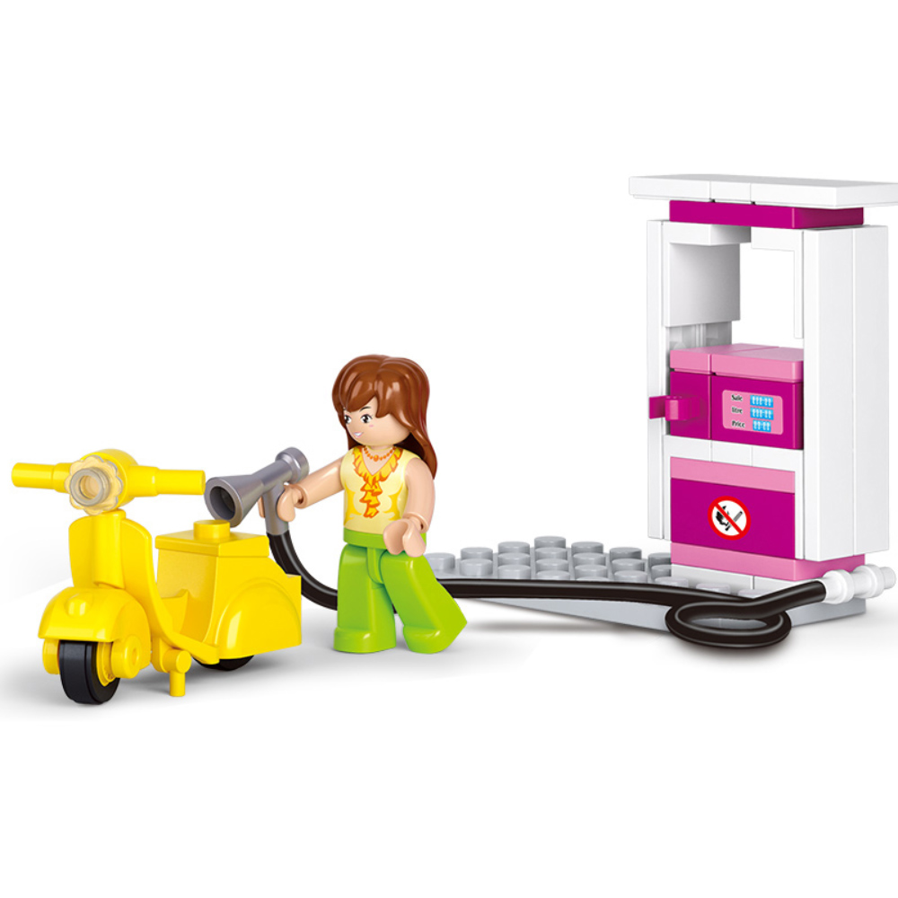 Friends - Vespas lány minifigura benzinkúttal (37 darabos) - KÉSZLETRŐL!