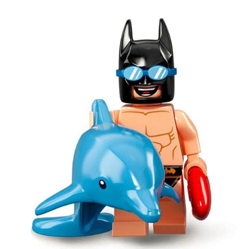 Strandoló Batman minifigura delfines gumimatraccal - KÉSZLETRŐL!