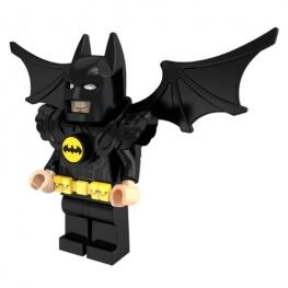 Batman minifigura denevérszárnyakkal