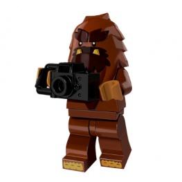 Bigfoot minifigura fényképezőgéppel
