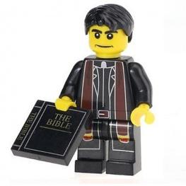 Ördögűző, lelkész minifigura