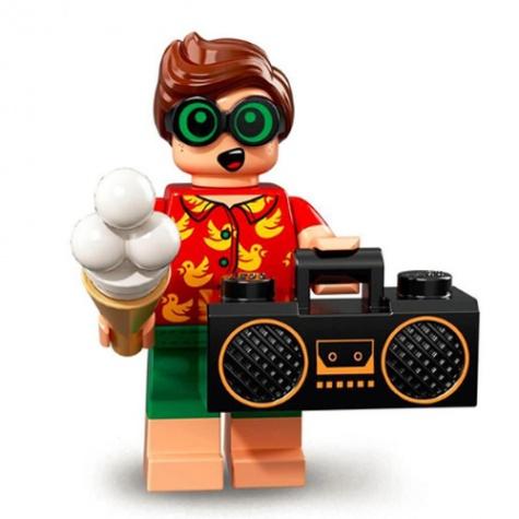 Strandoló Robin minifigura kazettás magnóval és fagylalttal a kezében