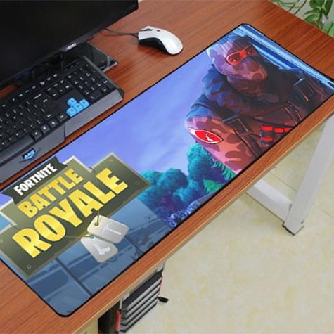 Fortnite XXL gamer szövet egérpad (igazi fanoknak) - kék Battle Royale színben
