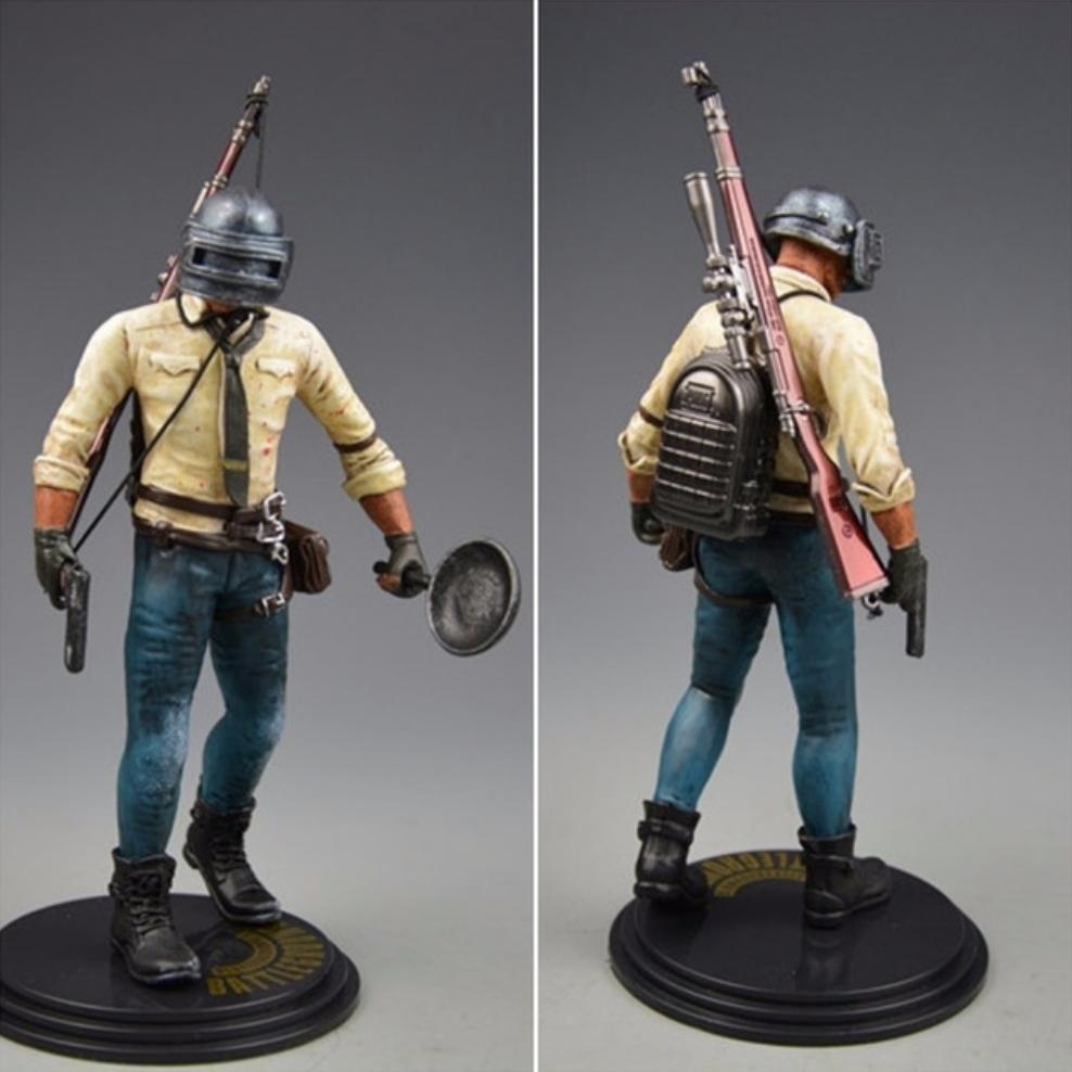 PUBG akciófigura - részletgazdag, 17 cm magas figura. hátán hátizsák és 98K
