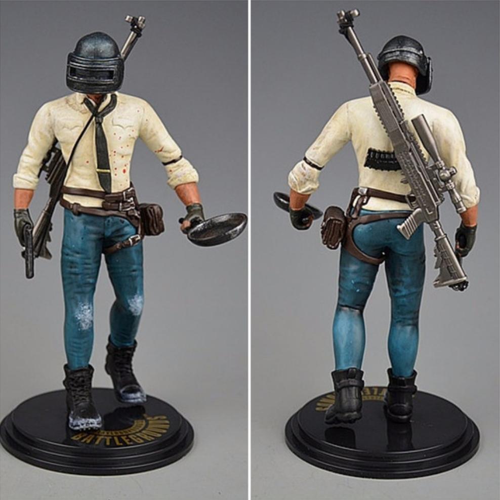 PUBG akciófigura - részletgazdag, 17 cm magas figura. hátán SKS