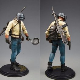 PUBG akciófigura - részletgazdag, 17 cm magas figura. hátán hátizsák és M16A4