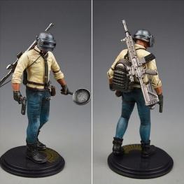 PUBG akciófigura - részletgazdag, 17 cm magas figura. hátán hátizsák és M416