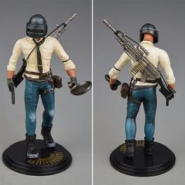 PUBG akciófigura - részletgazdag, 17 cm magas figura. hátán M249