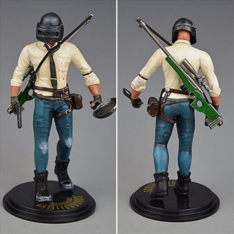 PUBG akciófigura - részletgazdag, 17 cm magas figura. hátán AWM