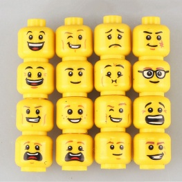 Minifigura férfi arcok - 16 darab