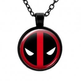Deadpool nyaklánc - fényes maszk domború üvegbúrában - fekete színű lánccal